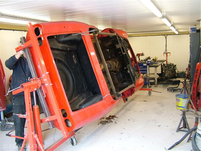 Fiat Dino Spider 2400 Stripping