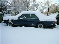 Fiat 130 Coupe snowed under